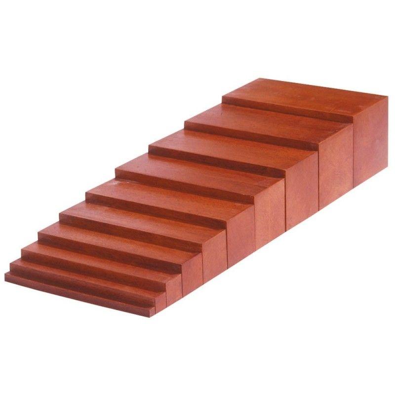 escalera marron montessori